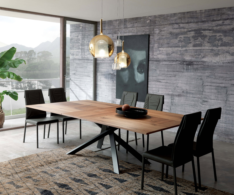Ozzio-Tisch-4x4-ausziehbar-Holz-emo02